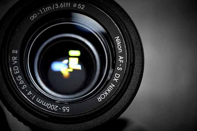 luminosità obiettivi fotografici